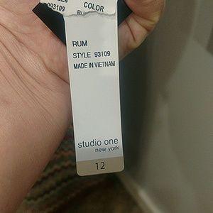 Studio One Dresses - NWT Studio One Multi Colored Dress Size 12